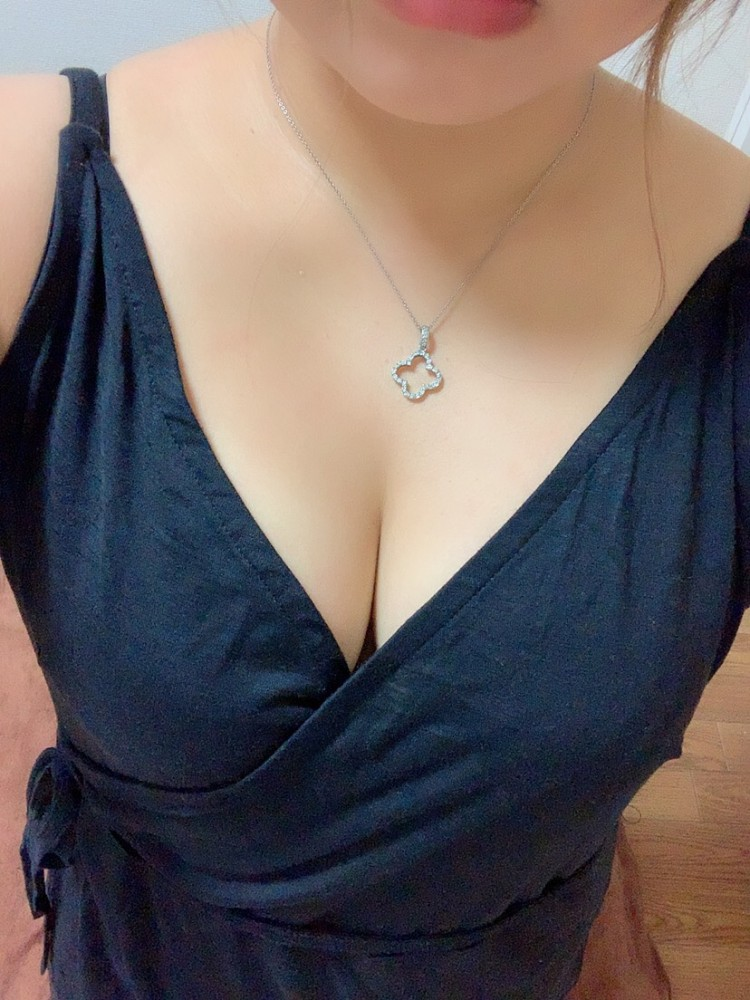 かれん(いきなりSPA 南森町・北新地・北浜店の一覧画像)